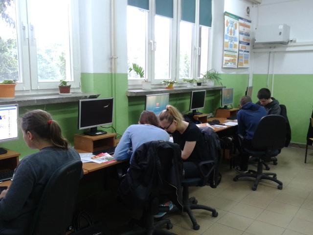 Spotkanie III klasy Młodzieży Technikum Ekonomicznego z przedstawicielem Młodzieżowego Centrum Kariery w Gorzycach (1)
